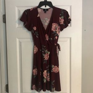 Super Flirty Floral Dress XS
